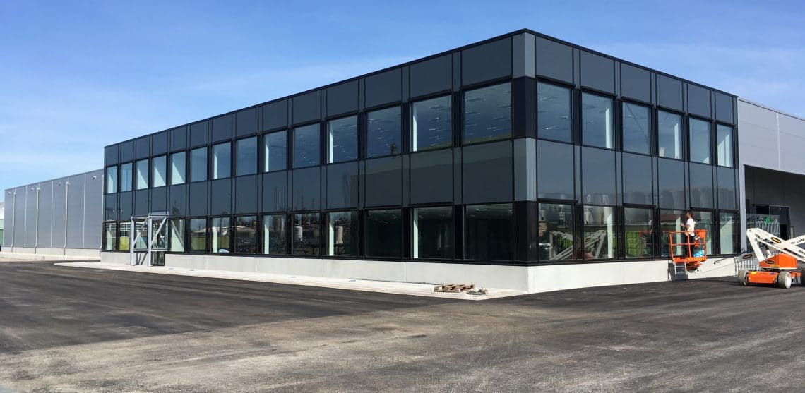 Nieuwbouw kantoor en bedrijfshal EQIN Rotterdam opgeleverd